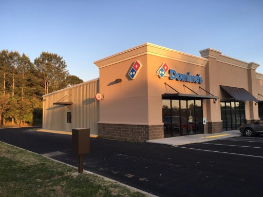 Heber Springs Domino's Pizza Celebrates Anniversary